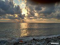 Закат в море.
