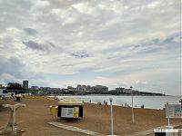 Бухта Геленджика с городским пляжем.