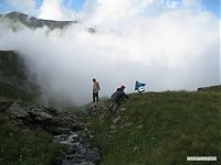 Туман и незнакомая дорога... а не пойти ли нам в него?