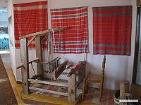 Ручной ткацкий станок.