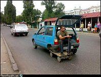 Типичный транспорт. Традиционный транспорт, очень подходит к саратовским дорогам.