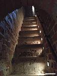 Аутентичная полувинтовая лестница.