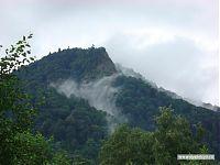 Горы и облака.
