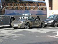 Интересно, в чём тайный смысл кабриолетов в Петербурге? +))