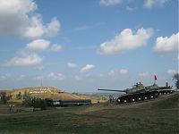 Военная горка города Темрюк, танк Т-34, а также бронепоезд (паровоз и санитарный вагон).