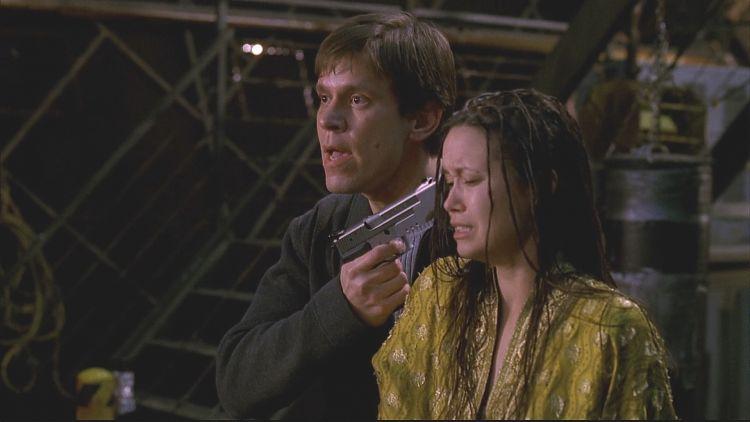 Добсон взял в заложники Ривер