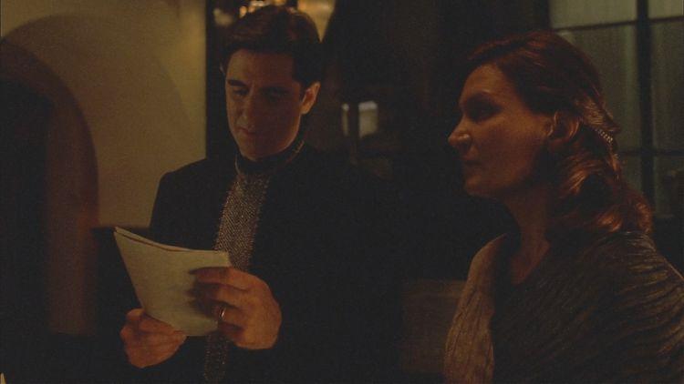 Риган и Гэбриэл - родители Саймона и Ривер - не верят, что их дочери может быть плохо в престижнейшей закрытой Академии