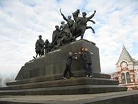 Памятник Чапаеву.