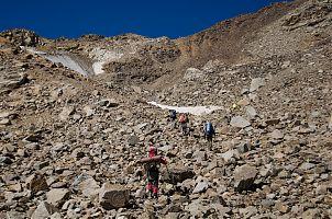 Подход к перевалу Мукал.
