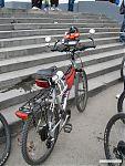 Велосипеды были самые разные, в том числе и вот такие в стиле хай-тек.
